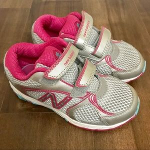 New Balance Girls Sneakers Size 10